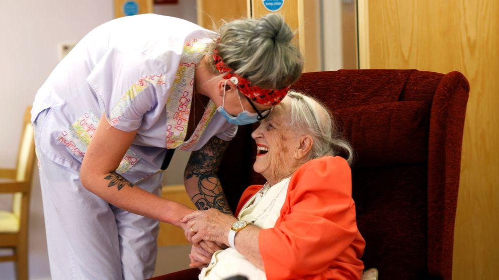 El abandono de las residencias de mayores se le atraganta a UK en su gestión del covid