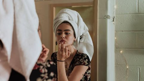 El truco para hidratar y reafirmar la piel antes del maquillaje es este sérum