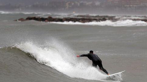 Impresionantes imágenes de los mejores surfistas del mundo sobre olas de 15 metros