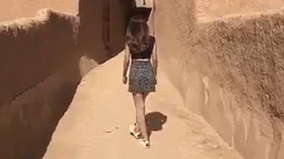 Detenida la mujer que se filmó paseando en minifalda en Arabia Saudí