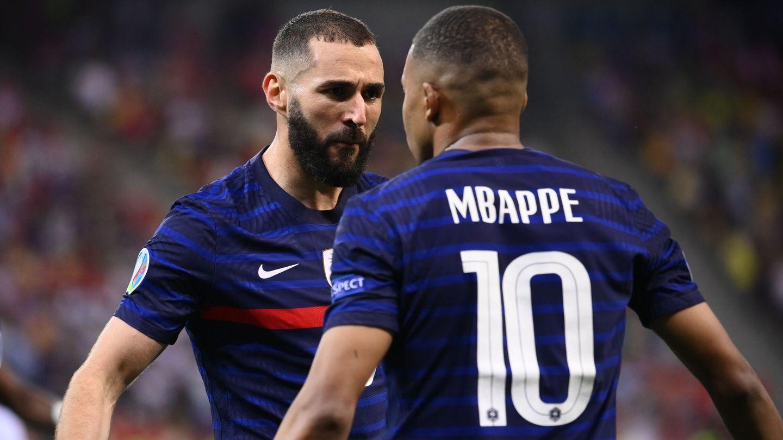 La dupla Benzema y Mbappé no fue suficiente para eliminar a Suiza. (Reuters)