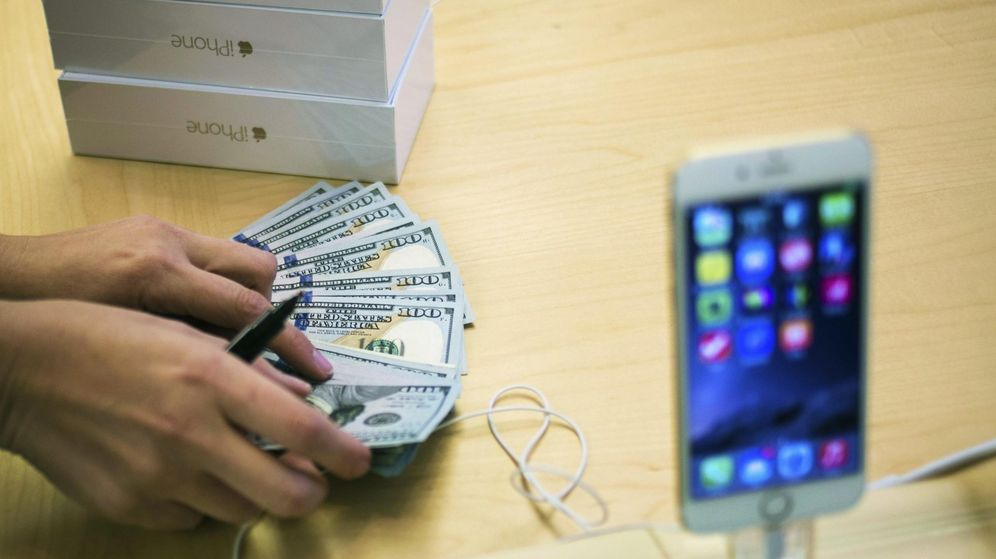Foto: terminal iPhone de la marca Apple. (Reuters)