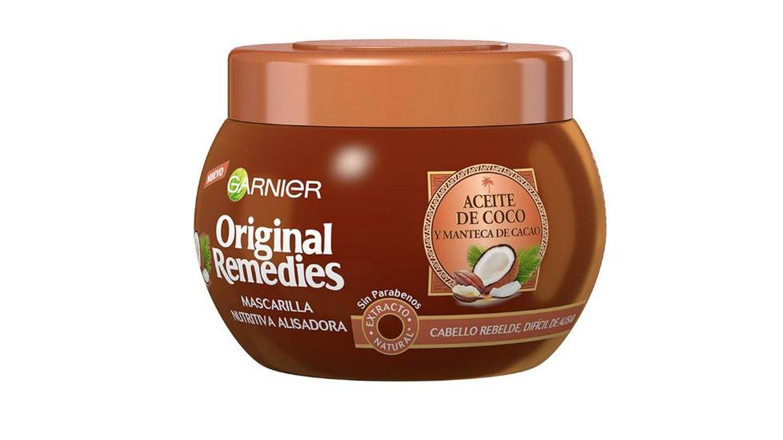 Mascarilla con aceite de coco para pelos rebeldes Garnier.