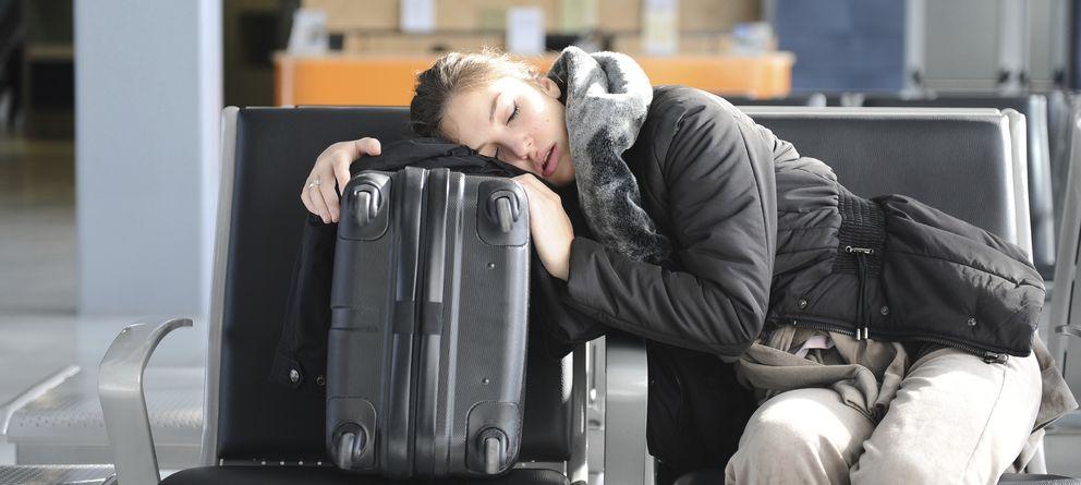 Foto: El 'jet lag' no se puede eliminar por completo, pero sí se pueden mitigar sus efectos. (iStock)