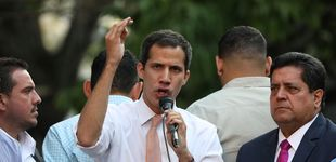 Post de El chavismo retira la inmunidad a Guaidó entre gritos de