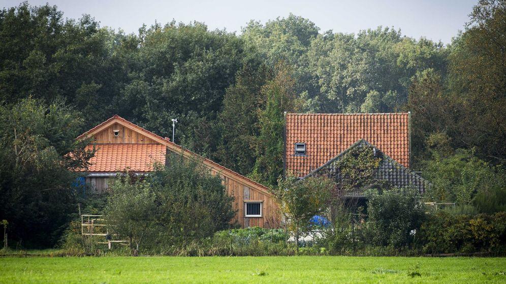 Foto: La casa donde la familia permaneció encerrada nueve años. (EFE)