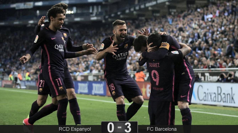 Foto: Luis Suárez celebra el primer gol. (Reuters)