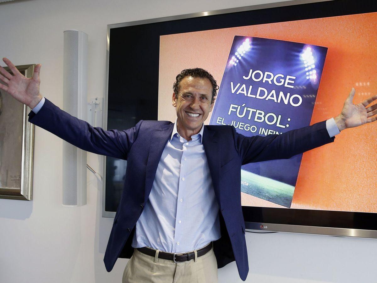 Foto: Jorge Valdano, durante una entrevista en la que presentó su último libro. (EFE)