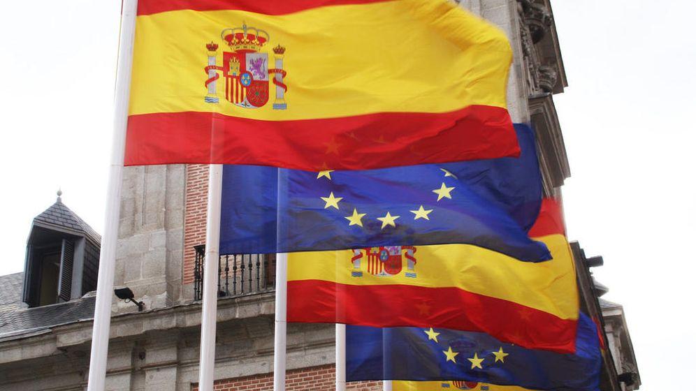 Foto: Banderas de España y la Unión Europea (CC/Flickr/Contando Estrelas)