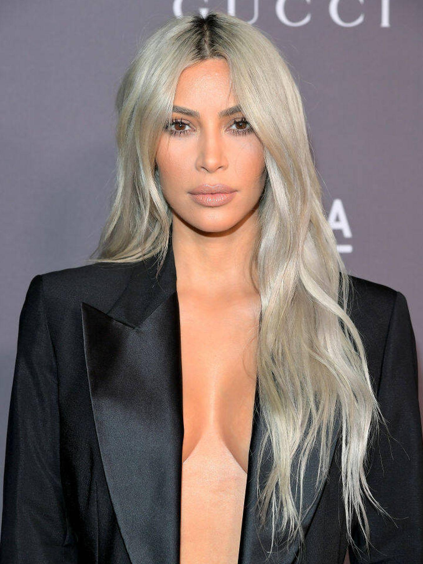 El grey blending de Kim Kardashian en 2017. (Getty)