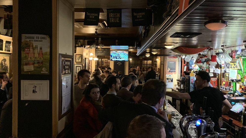 Foto: Interior de uno de los pubs irlandeses de Bruselas
