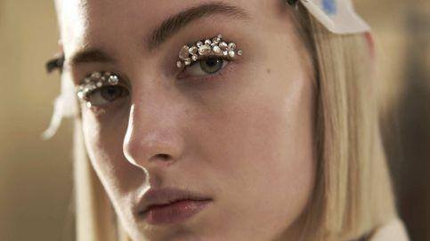 Maquillaje glitter: trucos y productos para dominarlo en la temporada más colorida