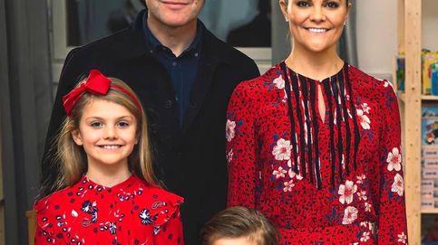 Victoria de Suecia y su hija Estelle, de nuevo con looks coordinados y esta vez por Navidad