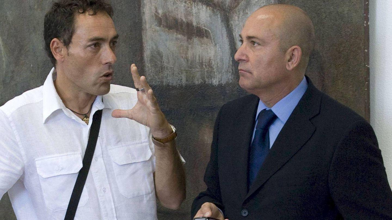 El patrono de la Fundación Unicaja, Antonio Jesús López Nieto (d).