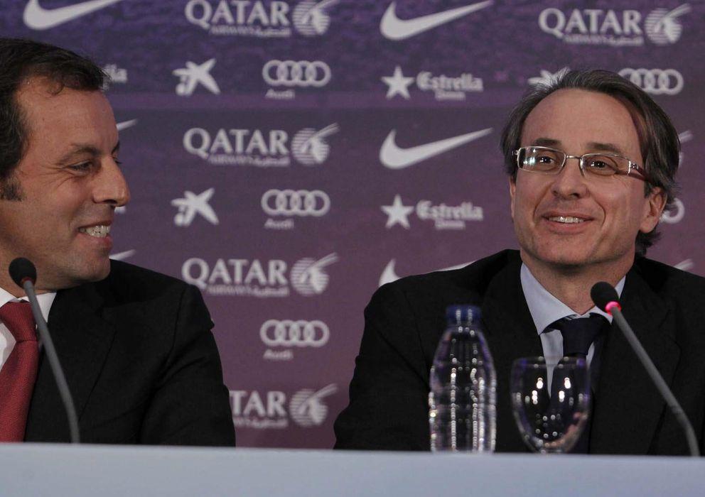 Foto: Sandro Rosell junto a Xavier Faus, vicepresidente del Barça (EFE)