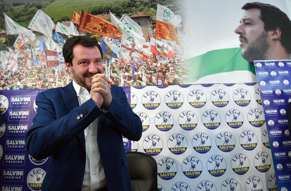 Foto: Mateo Salvini, candidato de la Liga Norte (LN) a las elecciones de Italia, da una rueda de prensa en la sede del partido en Milán. (EFE)