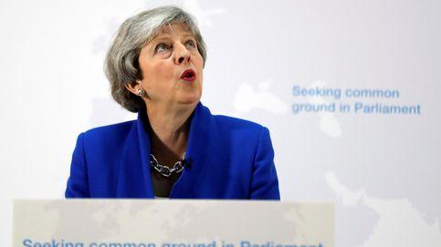 Chantaje desesperado de May: 2º referéndum si Westminster aprueba su plan del Brexit