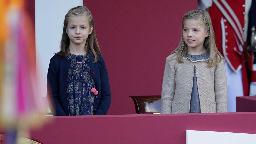 Así te hemos contado cómo han vivido los Reyes y sus hijas el desfile del Día Nacional