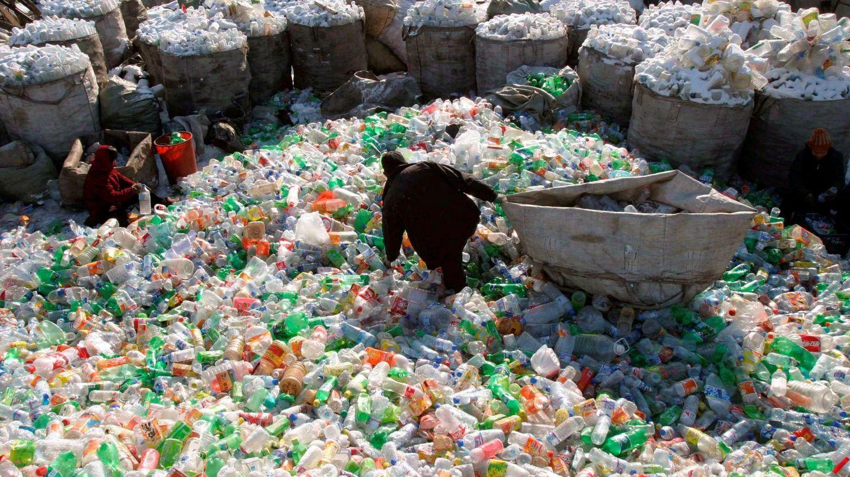 Planta de plásticos en China. (EFE)