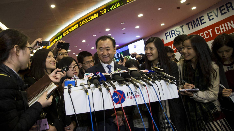 Wang Jianlin, propietario de Wanda, habla ante los medios en Hong Kong. (Reuters)