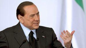 Y después de Grecia... ¿Italia? S&P rebaja la calificación de Intesa Sanpaolo y Mediobanca