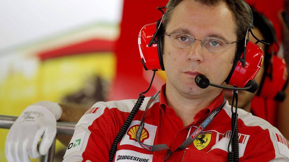 Foto: Stefano Domenicali vuelve a la Fórmula 1 para disgusto de Mercedes. (EFE)