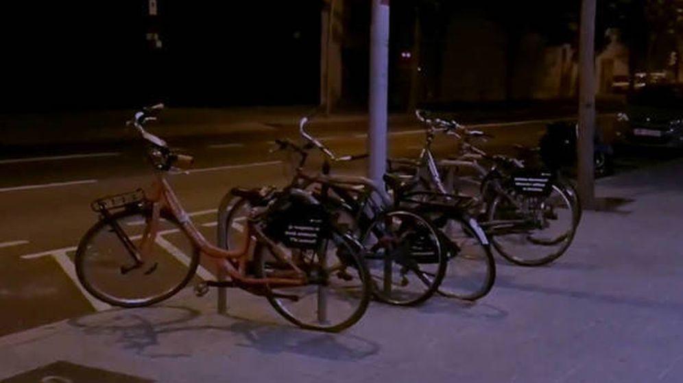 Foto: Las bicicletas que los cachorros de la CUP sortean. (Twitter @arran_jovent)