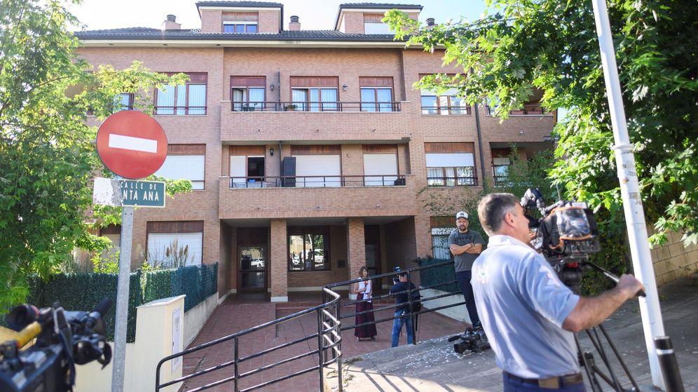 Foto: El número 5 de la calle Santa Ana de la localidad de Castro Urdiales. (EFE)