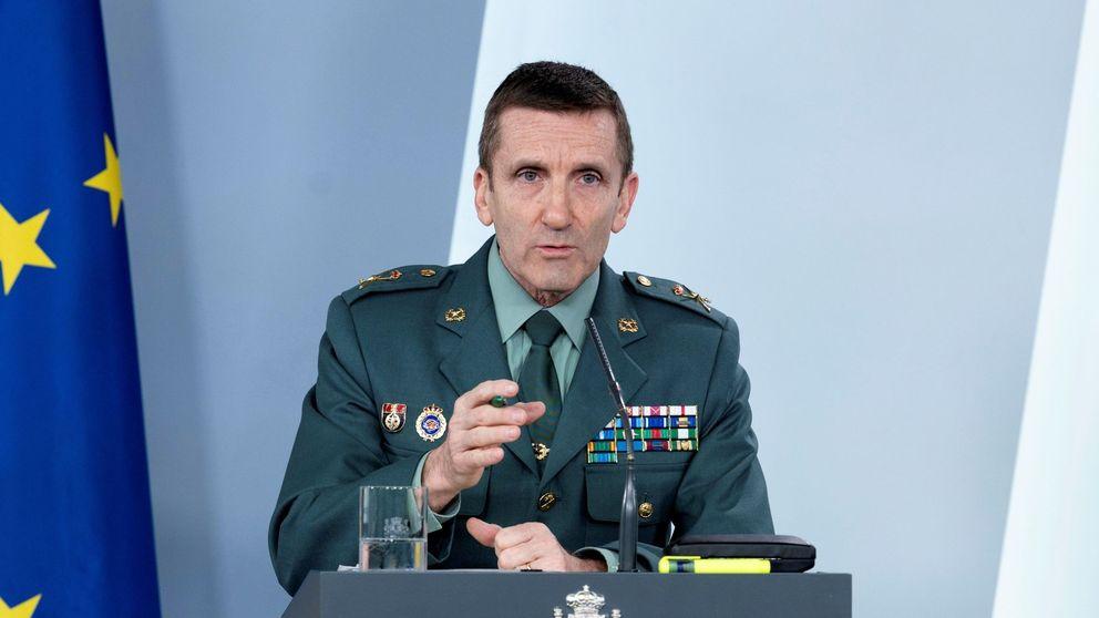 El Gobierno respalda al general Santiago tras el lapsus sobre los bulos