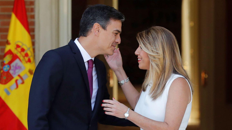 Pedro Sánchez y Susana Díaz, este lunes en Moncloa. (EFE)