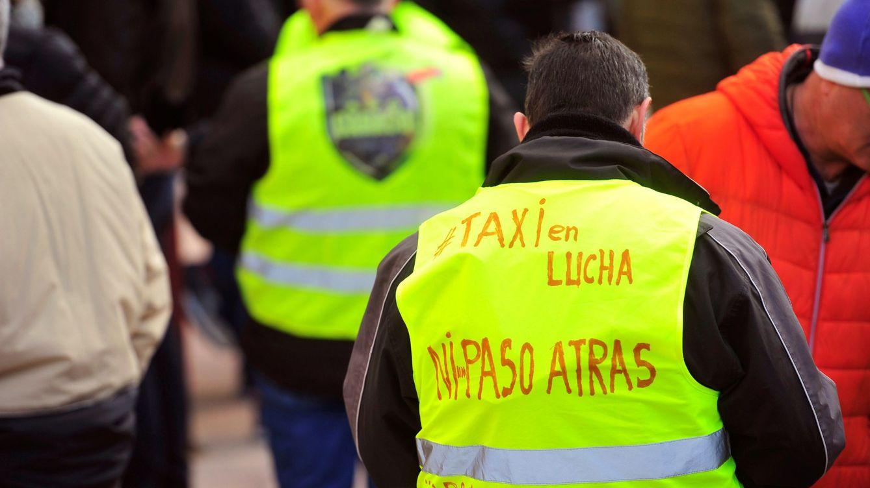 Madrid aprueba el reglamento que abre la puerta al taxi compartido y con tarifas fijas
