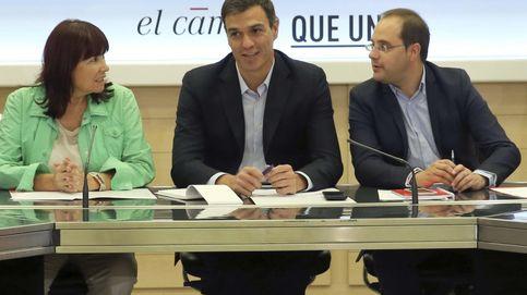 Sánchez exige a Mas que no se eche en brazos de la CUP para gobernar Cataluña