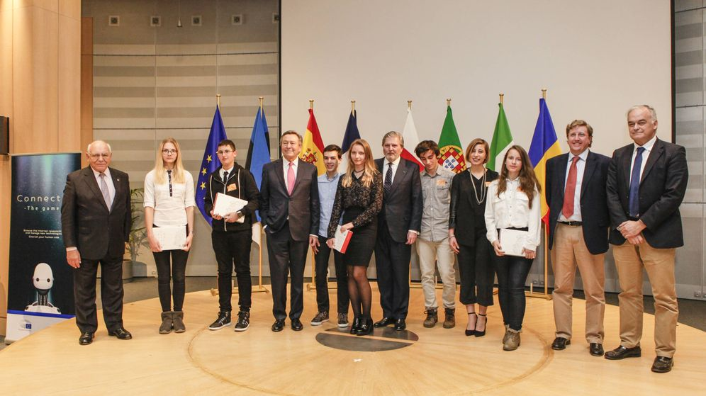 Foto: Acto en Bruselas sobre el uso responsable de las nuevas tecnologías por parte de los jóvenes (PPE)