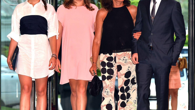 Foto: La princesa Estefanía de Mónaco junto a sus dos hijas: Pauline y Camille (Gtres)