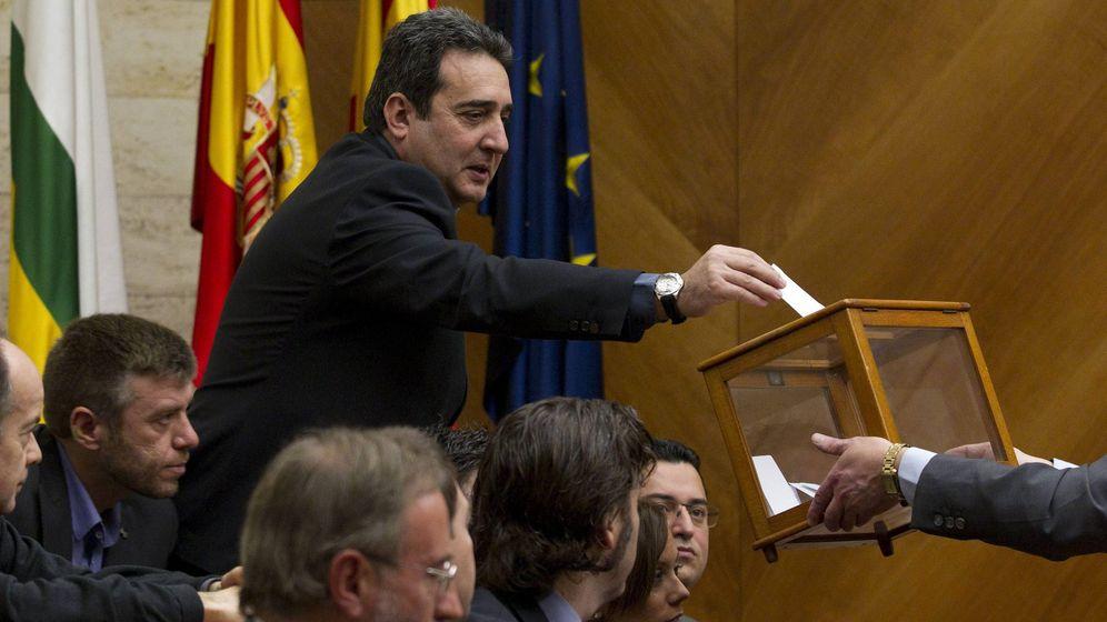 Foto: El exalcalde de Sabadell Manuel Bustos. (EFE)
