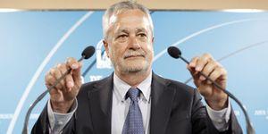 Foto: La Junta de Andalucía oculta sus inversiones por provincia para 2012