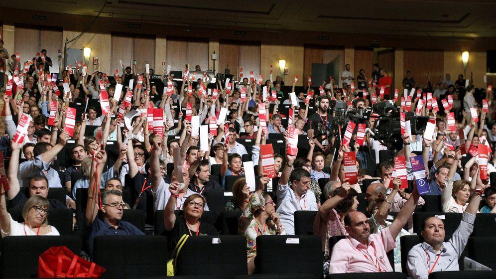 Foto: Plenario del 39º Congreso Federal del PSOE. (EFE)