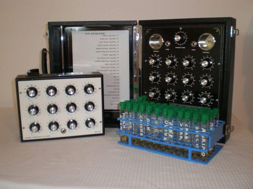 Foto: Instrumento griego que supuestamente usaba la radiónica para curar  enfermedades (Wikimedia)
