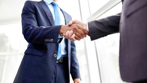 Adiós al apretón de manos: empresarios plantean la opción del 'contacto cero'
