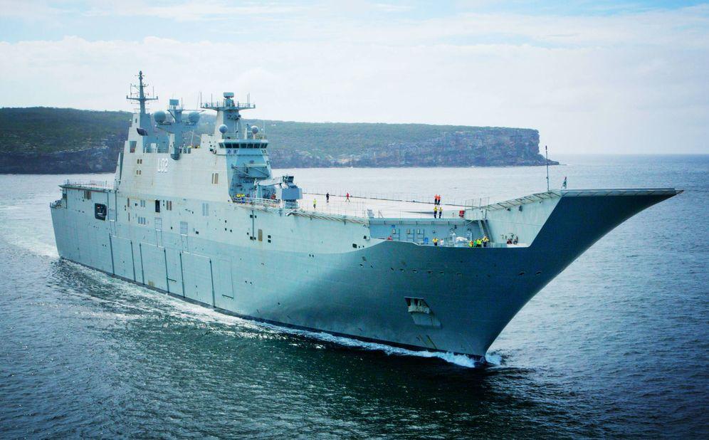 Foto: El HMAS Canberra poco antes de entrar en servicio en 2014. (Foto: Armada Australiana)