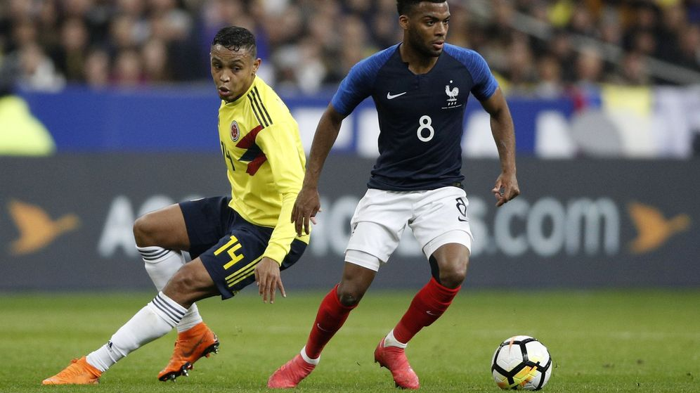 Foto: Thomas Lemar durante un partido de la selección francesa contra Colombia. (Efe)