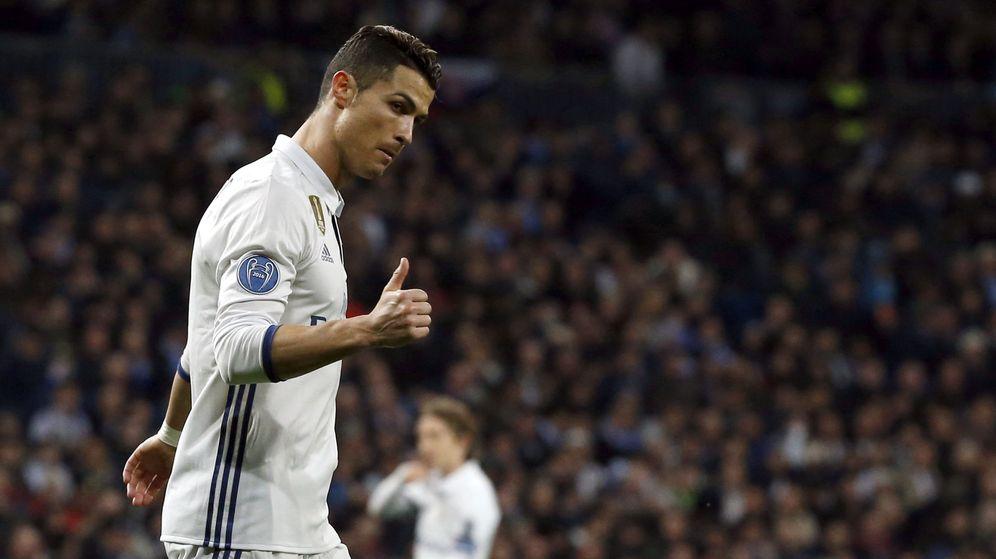 Foto: Cristiano dio una asistencia de gol contra el Nápoles (Kiko Huesca/EFE).