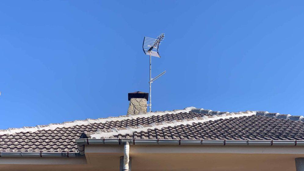 Foto: Así ha quedado la antena después de la instalación. (Fotos: Mikel Cid)