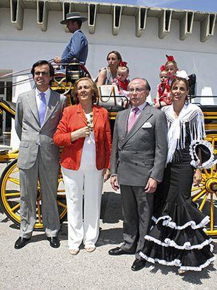 Foto: Ruiz Mateos casa a su hijo pequeño, Álvaro, con la hija del influyente abogado Suárez de Lezo