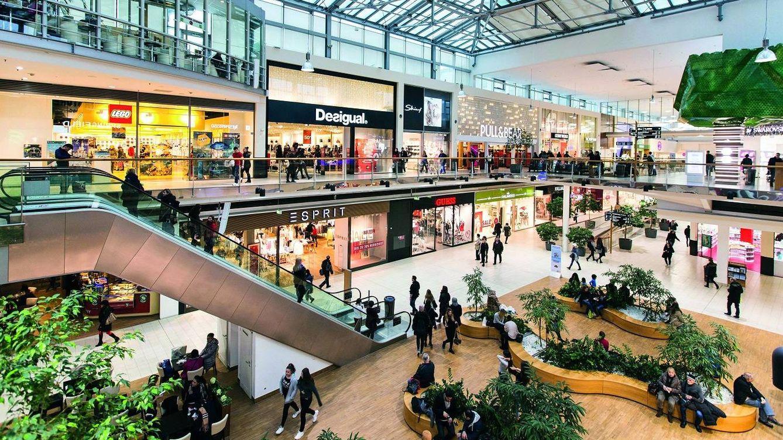 Doble revés para el gigante francés Unibail: los jueces le prohíben ejecutar a sus tiendas
