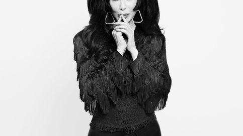 Cher, a los 75 años: una larga lista de amantes, un hijo trans y varios milagros estéticos