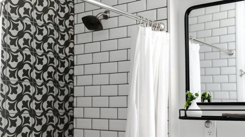 Tendencias decorativas para tu baño. (Andrea Davis para Unsplash)