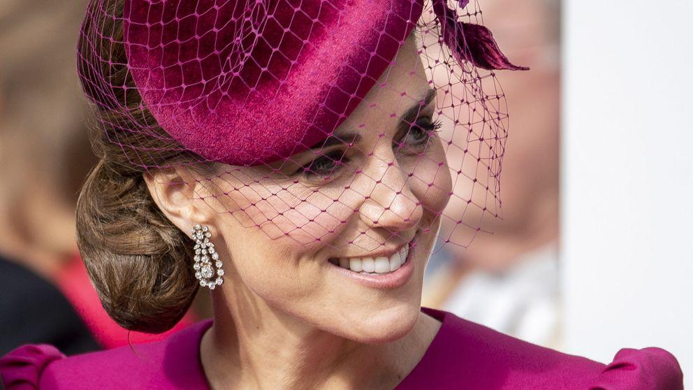 Nos rendimos ante Kate Middleton: la aplaudida tarde de bingo junto a Guillermo