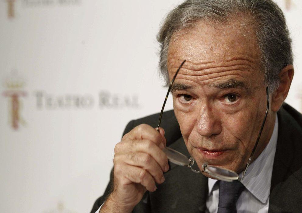 Foto: El presidente del Patronato del Teatro Real, Gregorio Marañón, durante la rueda de prensa. (Efe)