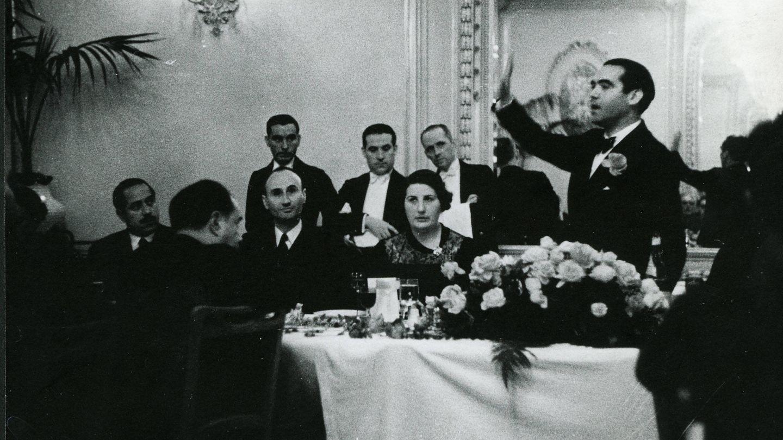 Federico García Lorca en el hotel Majestic, donde se hospedó en 1935.